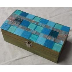 Scatola  a mosaico azzurra...